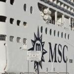 """La MSC """"Grandiosa"""" finisce sulla banchina del porto di Palermo"""