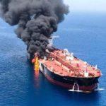 """Nave iraniana in fiamme nel Mar Rosso.""""Attacco terroristico?"""""""